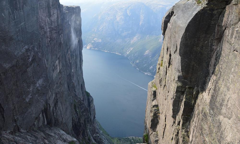 Kjerag Fjord