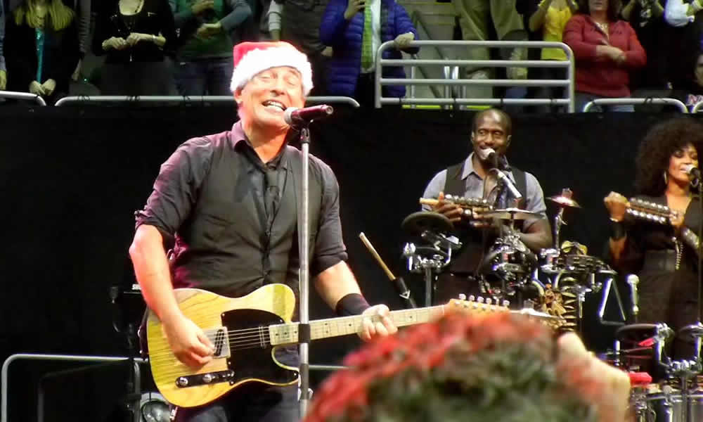 Bruce Springsteen Santa Claus is coming to town